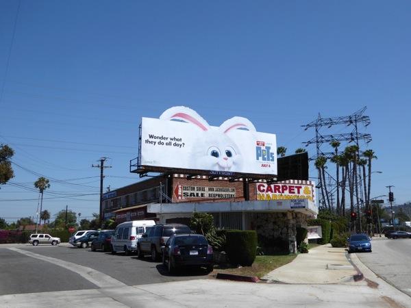 Secret Life Pets bunny Snowball billboard