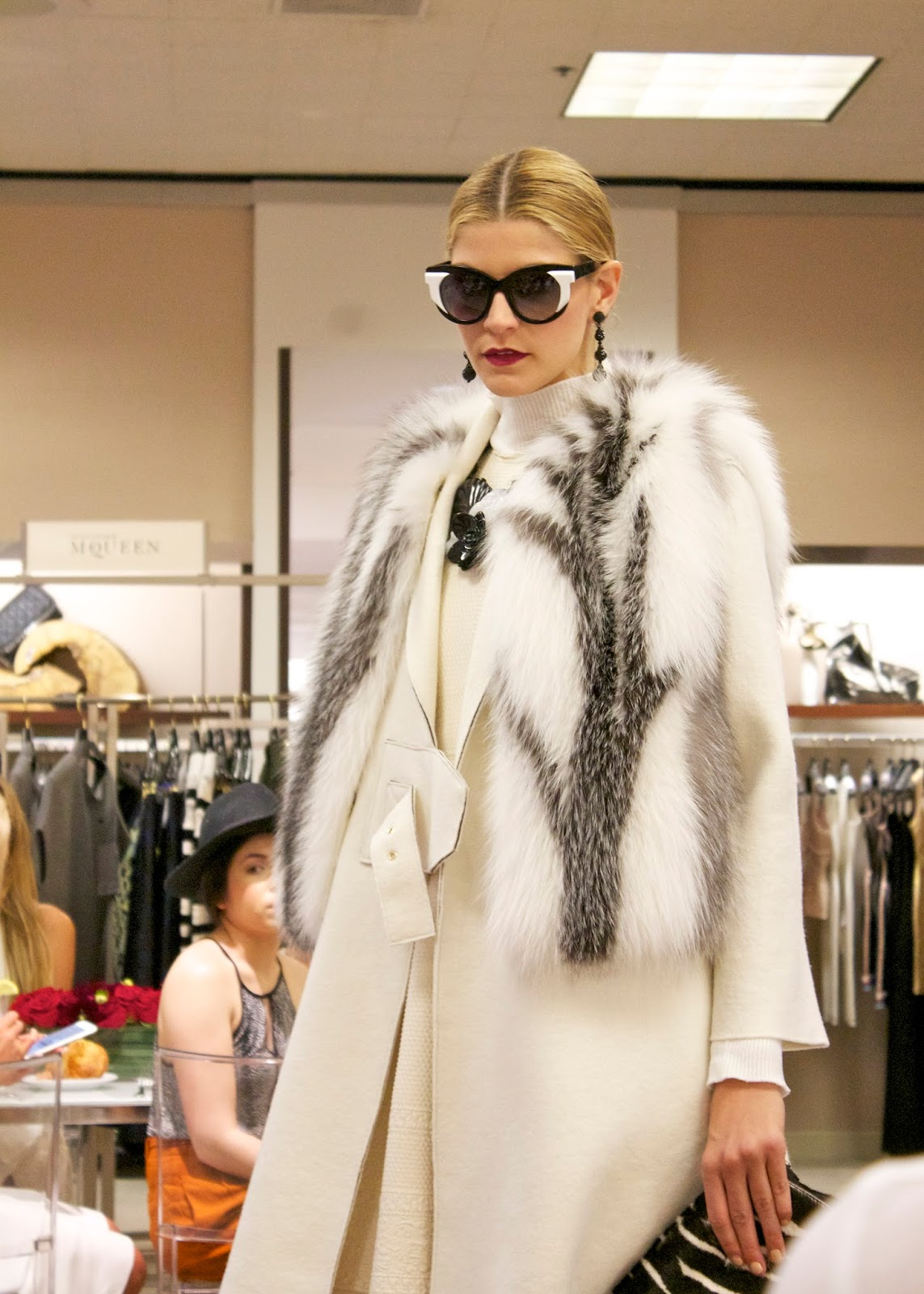 White out, Winter White, faux fur that looks real, elegant in white