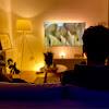 8 filmów, które zabiorą Cię w podroż w domu