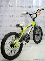 4 Sepeda BMX Pacific Hot Shot Free Style 20 Inci