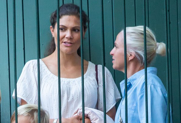 Crown Princess Victoria, Princess Estelle, Caroline Dinkelspiel and her two sons visited Gröna Lund amusement park