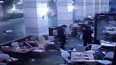 En Tel Aviv 4 Israelíes fueron asesinados cuando terroristas palestinos abrieron fuego en un restaurante lleno de gente.