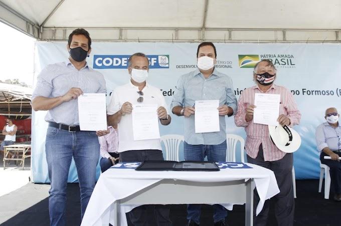 Ministro anuncia R$ 23,74 milhões para infraestrutura e desenvolvimento de Campo Formoso