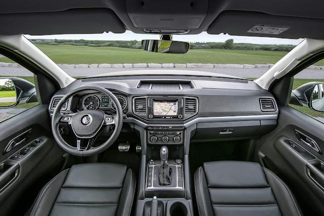 Nova VW Amarok 2017 - interior