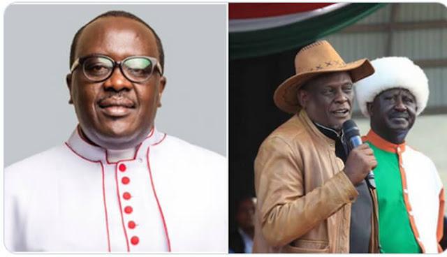 Rev Canon Sammy Wainaina and Raila Odinga