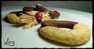 http://cucinaconlara.blogspot.it/2017/06/biscotti-simil-abbracci-senza-uova-e.html