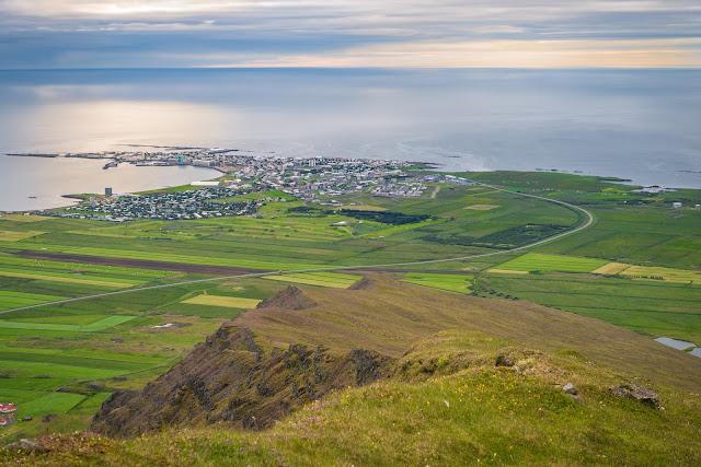 What to do between Reykjavík and Akureyri? Travel Guide