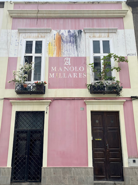 Pretty architecture of a pink house in Vegueta, Las Palmas, Gran Canaria, Spain