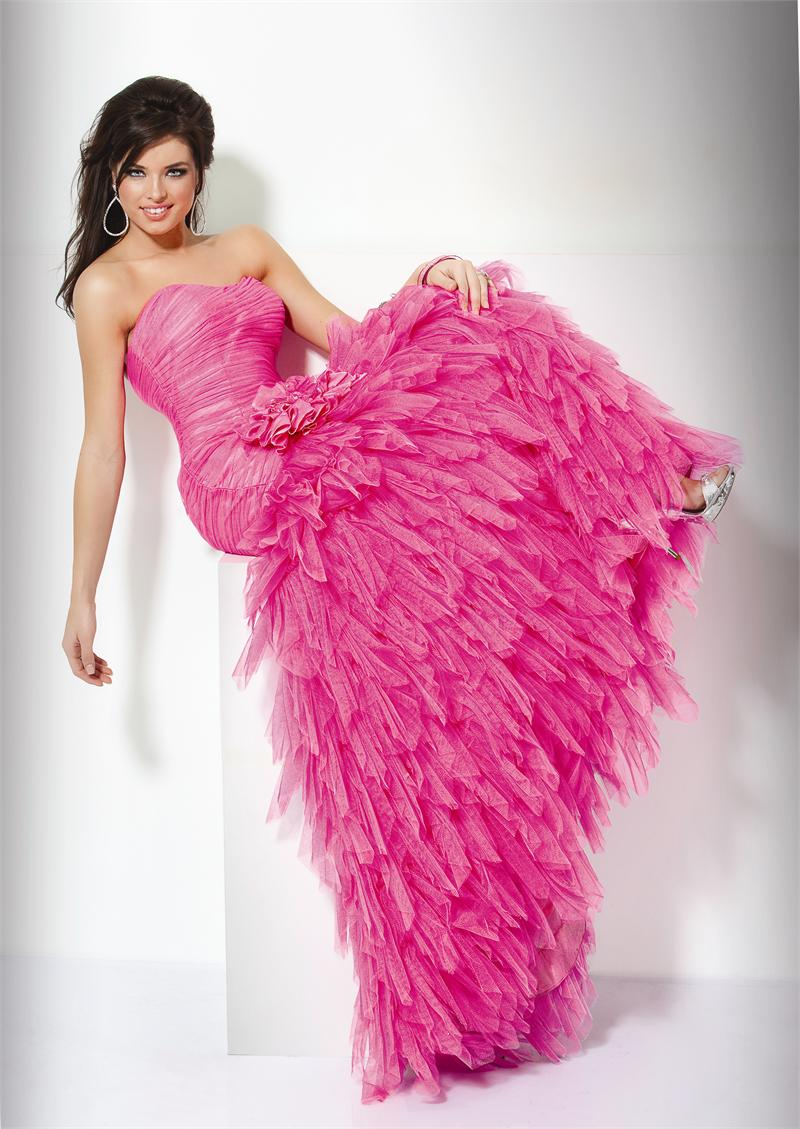 Wedding Lady: Hot Pink Wedding Dress