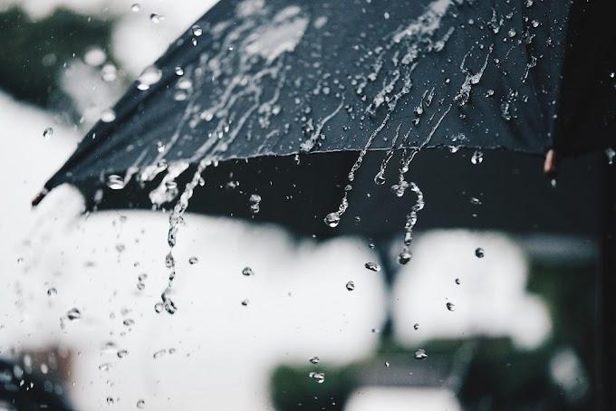 Pakaian Teruntuk Musim Panas dan Hujan Yang Keren