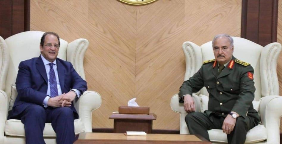خليفة حفتر يستقبل رئيس المخابرات العامة المصرية
