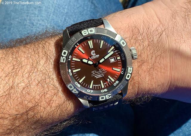 Ocean Crawler Dream Diver red wrist