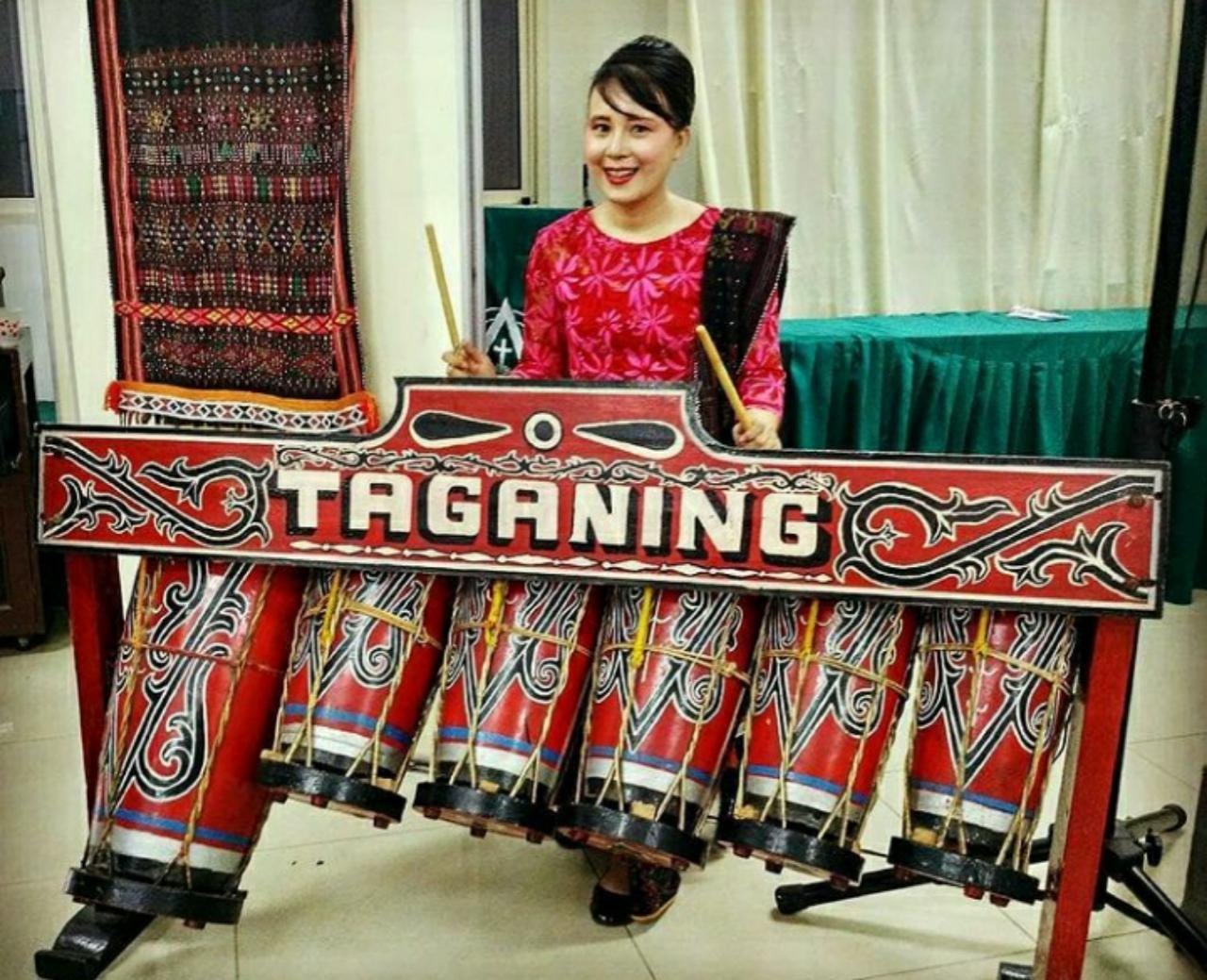 Alat musik taganing sumatra utara