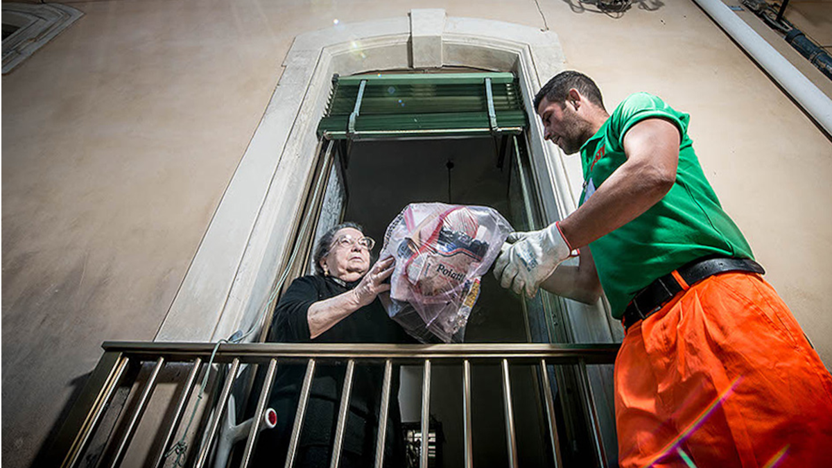 Rifiuti Catania Sistema porta a porta