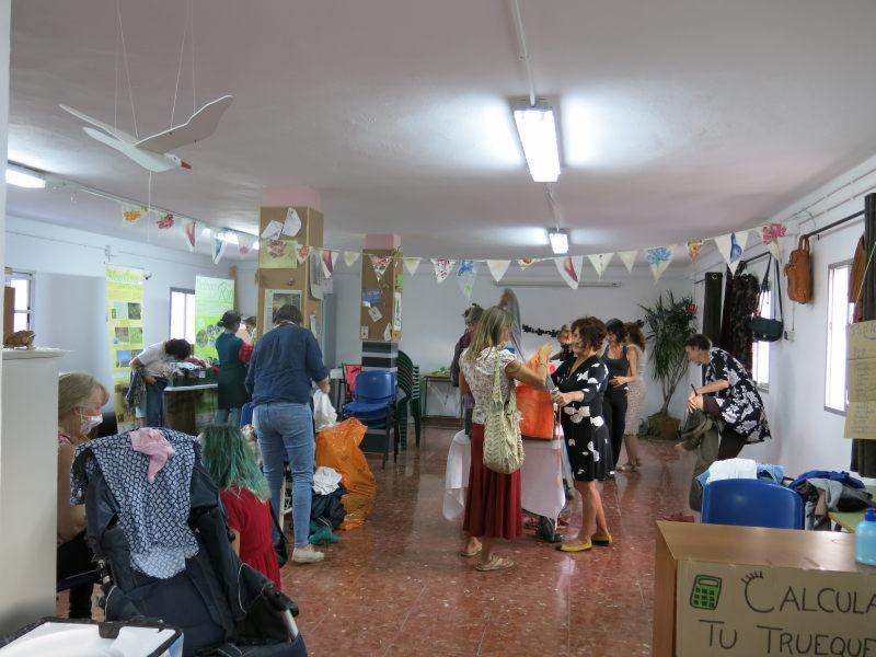 Evento sensibilización Trueque ropa AEA Bosque Animado Benarrabá