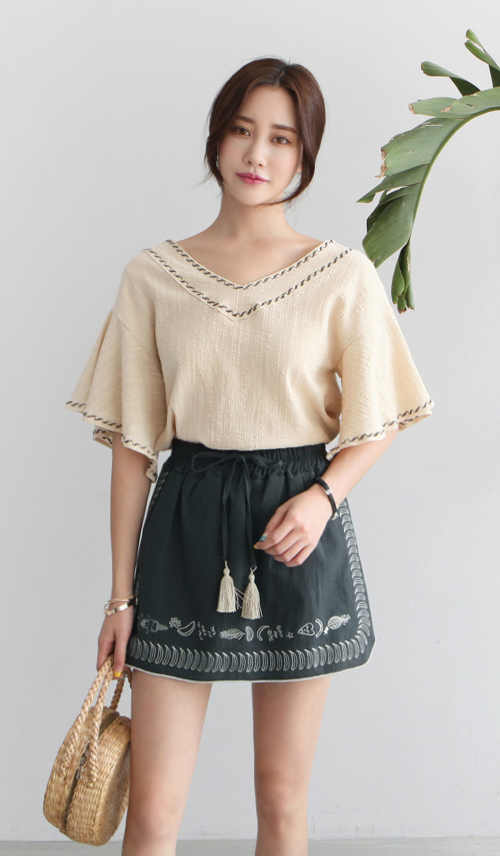 Embroidered Trim Flutter Sleeve Blouse