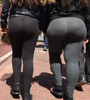 Mujeres caderonas nalgonas calzas entalladas