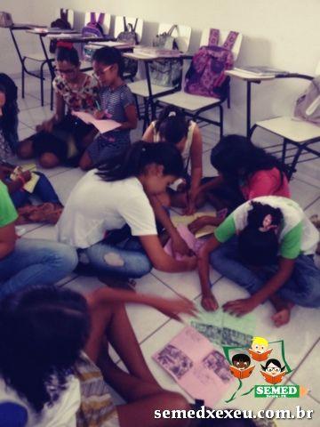 Coordenação do Alfabetizar com Sucesso faz visita às escolas e realiza oficinas