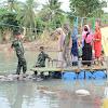 Prajurit Kodam Hasanuddin Siapkan Rakitan, Jembatan Putus Akibat Banjir