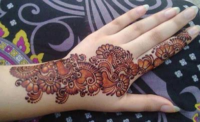 Simple Bridal Mehndi Designs piche ki bel