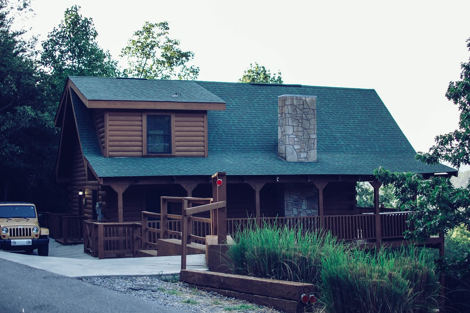 The Redolent Mermaid: Travel: Sevierville, Tennessee