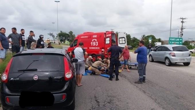 Mulher ignora passarela e é atropelada na RJ-140 em São Pedro da Aldeia