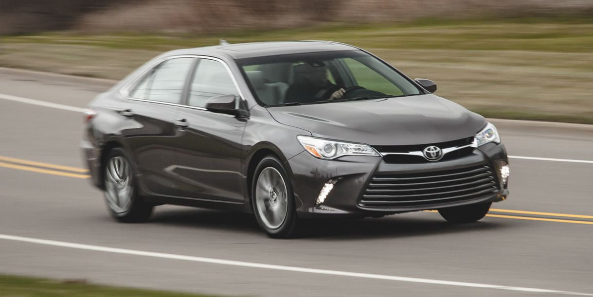 2015 toyota camry black 2 5l cars toyota review. Black Bedroom Furniture Sets. Home Design Ideas