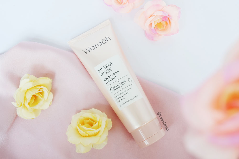 Beauty Blogger Indonesia By Lee Via Han Wardah Hydra Rose Gel To Foam Cleanser Review