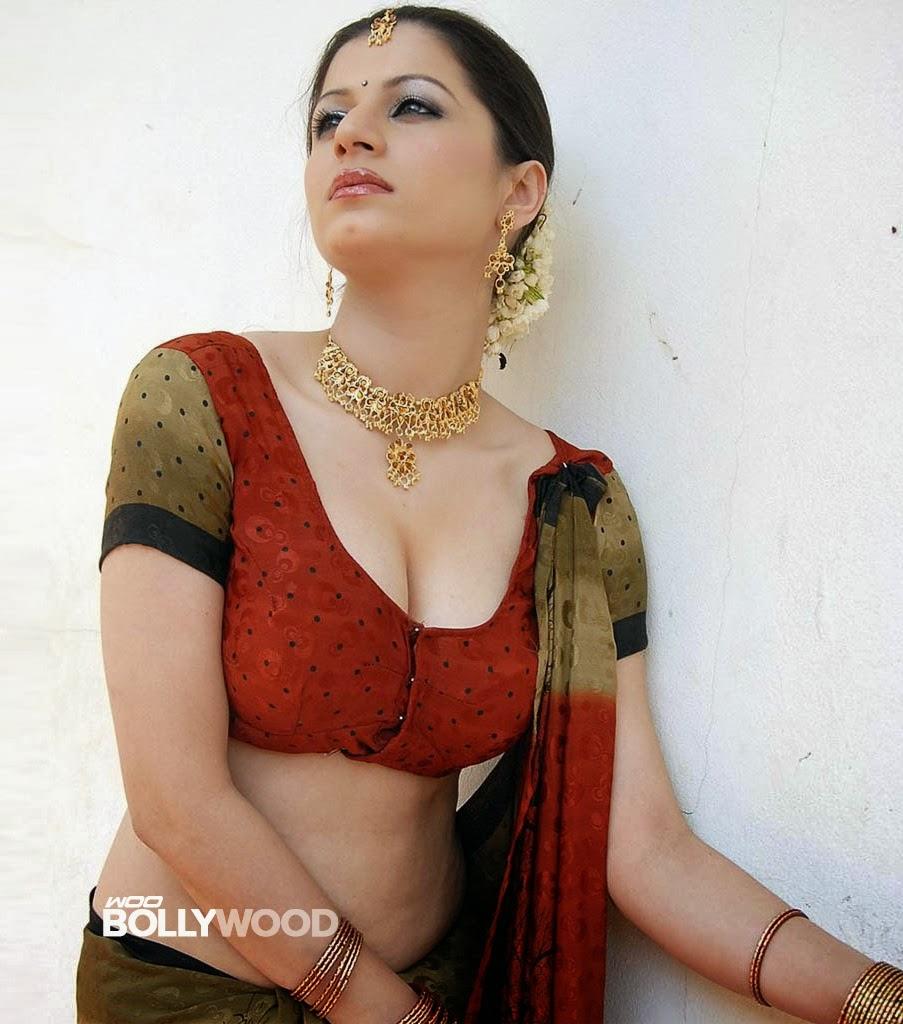 Sexy Struggling Malayalam Actress