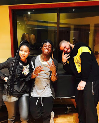 Niki Minaj group up with lil Wayne and Drake