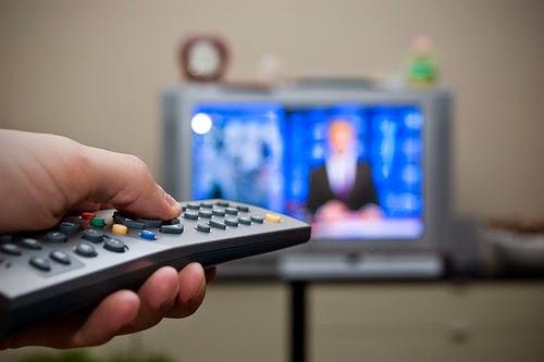 Mirando la maratónicas de TV cristiana