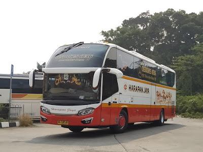 Foto Bus Harapan Jaya 587