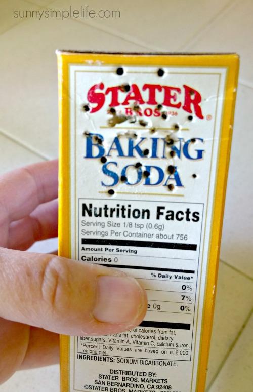 Baking soda shaker