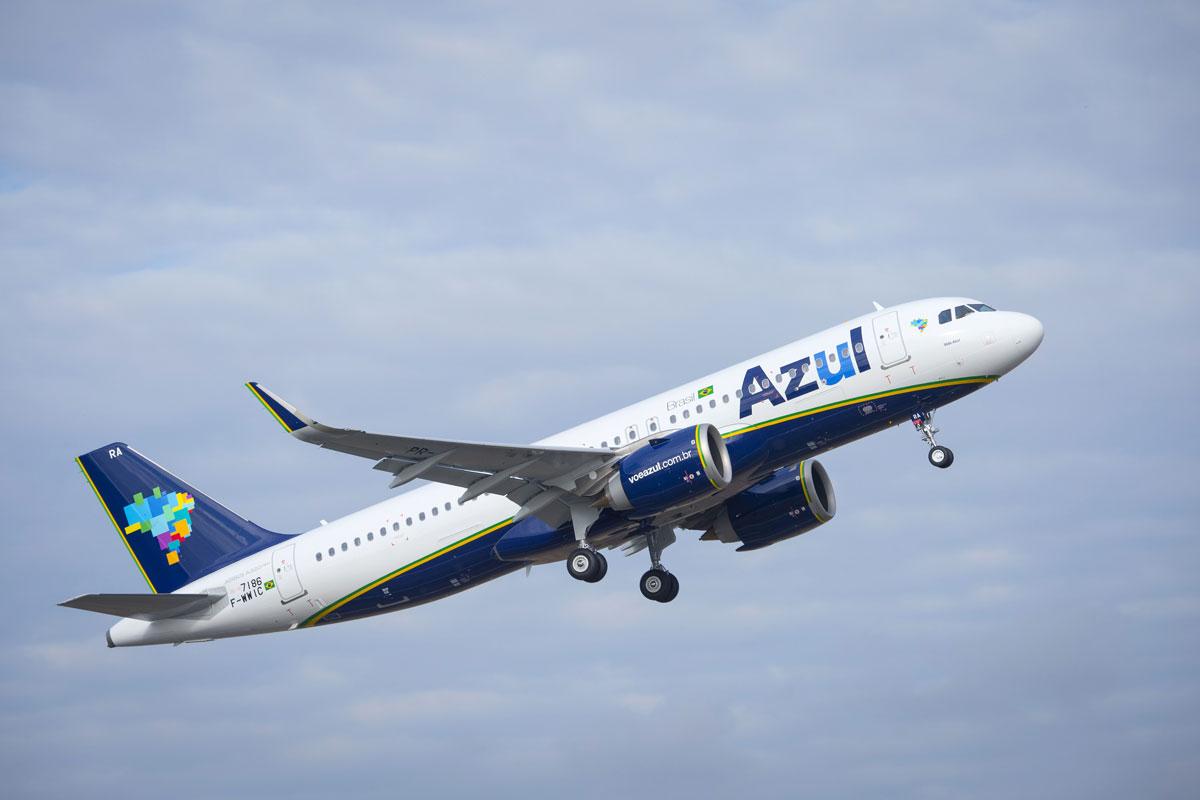 eff157ba494e Logo abaixo, imagem do mesmo modelo de aeronave nas cores da companhia aérea  brasileira Azul Linhas Aéreas. Aliás, as duas operadoras têm o mesmo  fundador, ...