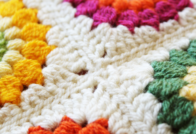 how to sew knitted squares together to make a blanket