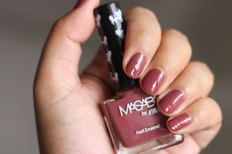 Masaba by Nykaa Nail Enamel Review & Swatches, Masaba by Nykaa Nail Enamel Kaleing Me Softly