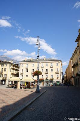 Parte della Piazza Chanoux