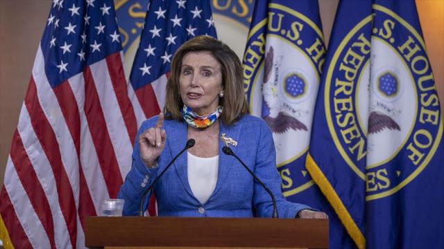 "Pelosi llama a COVID-19 ""virus Trump"" por matar a miles en EEUU"