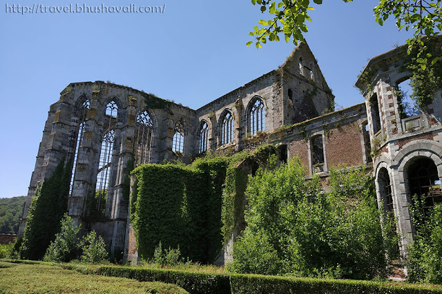 What to do in Charleroi - Thuin Abbey