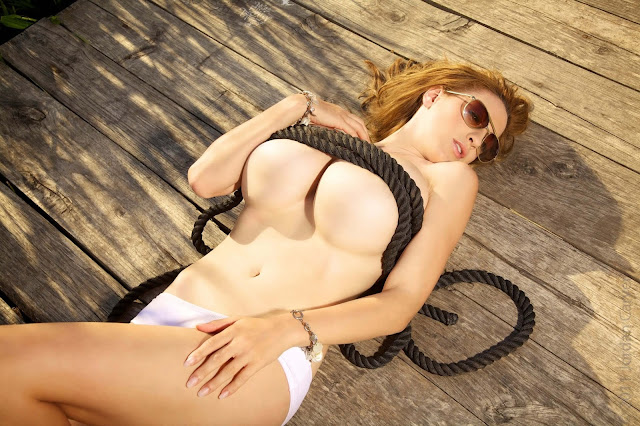 Hottest-Jordan-Carver-Lago-Sexy-Photoshoot-picture-4