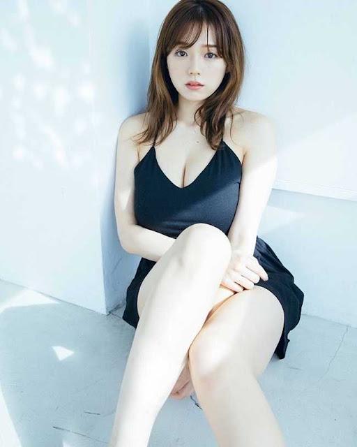 Đệ nhất ngực đẹp Nhật Bản gây sốt khi tái xuất showbiz