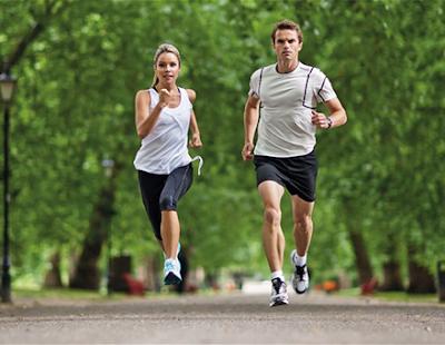 Chạy bộ là bài tập gym giảm cân cho nữ nhanh nhất