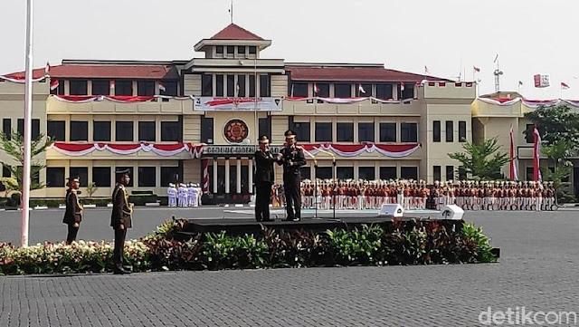 Kapolri Jenderal Idham: Saya Wakafkan Diri Beri yang Terbaik untuk Polri