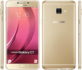 Gambar Samsung Galaxy C7 dengan layar 5.7 inch