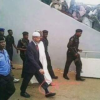 Dr. Zakir Naik Dan Celana Cingkrang