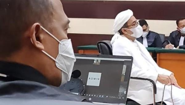 HRS Minta Tes Swab Prasidang Malam Hari Saat Ramadhan, Hakim Mengabulkan