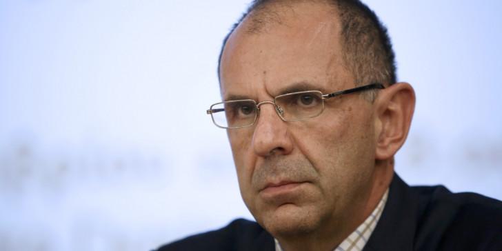 Γεραπετρίτης: Ανοιχτό το ενδεχόμενο να κλείσουν όλα τα αεροδρόμια