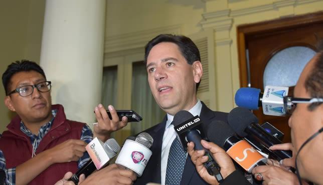 TSE afirma que analizará pretensión de Evo Moles de candidatear si se presenta el caso