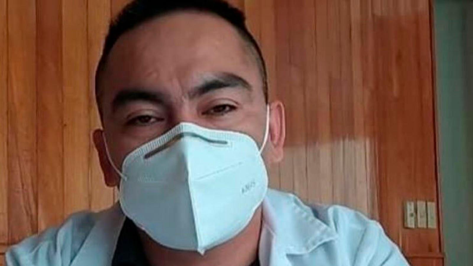 """Encarcelan a médico tras la muerte por covid-19 de un """"influyente político"""" en Chiapas"""