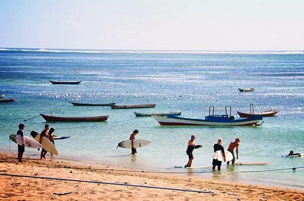 Pantai Nemberala, Surga Surfing Di Pantai Paling Selatan Nusantara